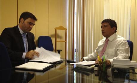Filipe Coelho with Senator Magno Malta in Brazil meeting to discuss Pastor Youcef Nadarkhani.